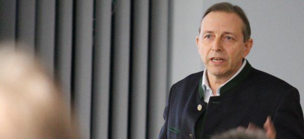 Prof. Dr. Erich Wühr
